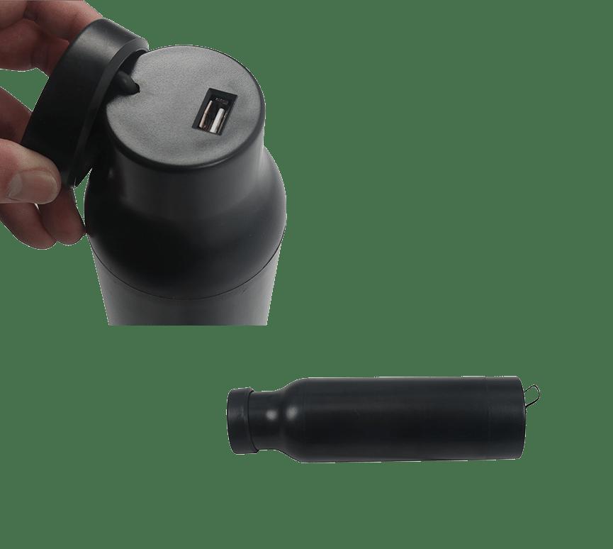 予備バッテリー USBポート